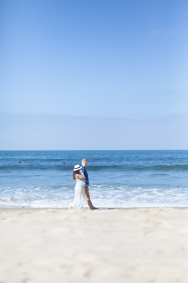 Southern California Maternity Shoot via My Corner View photographed by Ana do Amaral